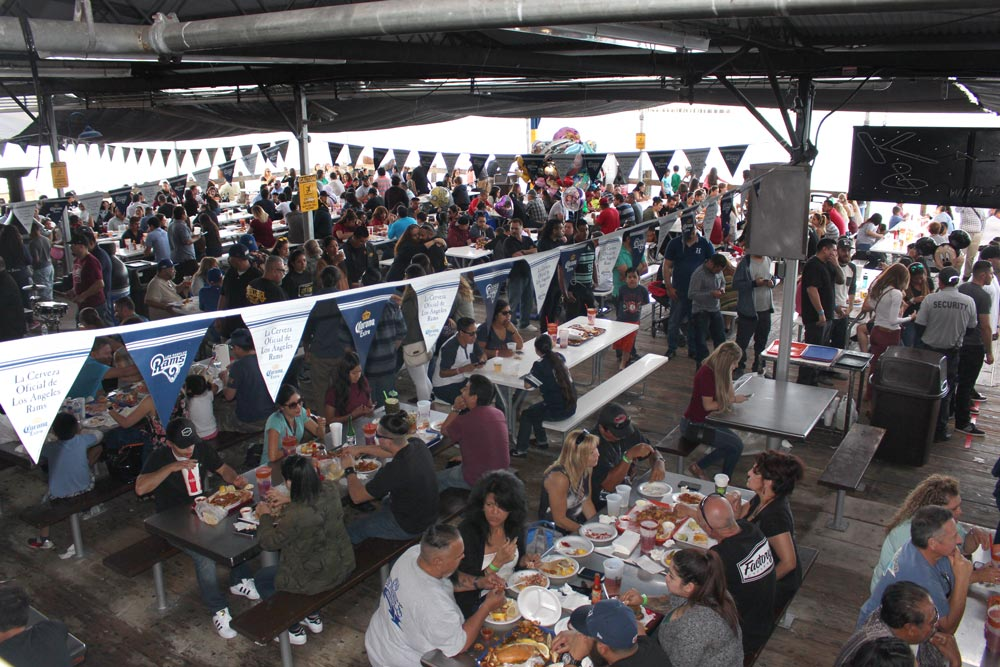 Rn how san pedro fish market and restaurant grew from 30 for Fish market restaurant san diego